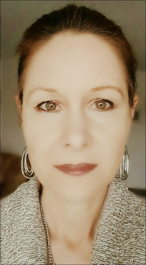 Diana Bober- Tarot & Astrology Readings